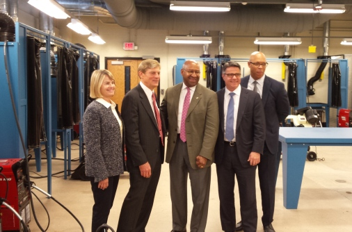 Photo of Major donors Leigh & John Middleton , Mayor Michael Nutter, City Councilman Bobby Henon and Superintendent Dr. William Hite at Ctr. for Advanced Manufacturing & Engineering